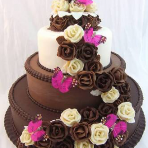 Chocolate Pineapple Designer Cake