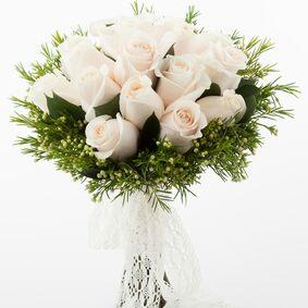 White Sky of 15 White Roses
